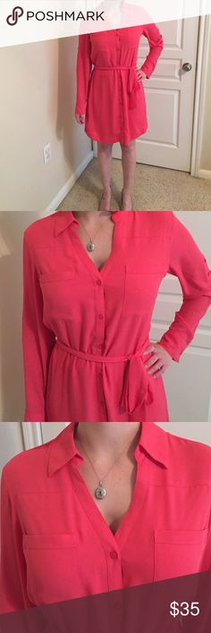 Portofino Express Coral Dress Classic Express Portofino dress. The sleeves can be long or button to 3 quarter length. It wraps and is perfect all year round. Gently used only worn a few times. Express Dresses Long Sleeve