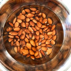 How to make almond milk (plus almond meal) - SpicyTamarind Almond Pulp, Make Almond Milk, Almond Meal, Healthy Fats, Healthy Drinks, Soaked Almonds, How To Make Drinks, Almond Recipes, No Bake Cookies
