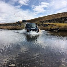 Nice little river crossing. This weekends Mid Wales Adventure. #allterrainodyssey #ATO #4x4 #4wd #4x4tours #overland #offroad #expedition #explore #landrover #landroverowners #landroverseries #landroverdefender #landroverdiscovery #300tdi #200tdi #td5 #tdci #rangerover #nissan #toyota #izuzutrooper #jeepuk #wales #adventure #greenlane #mud #wales #landroveruk by all_terrain_odyssey Nice little river crossing. This weekends Mid Wales Adventure. #allterrainodyssey #ATO #4x4 #4wd #4x4tours…
