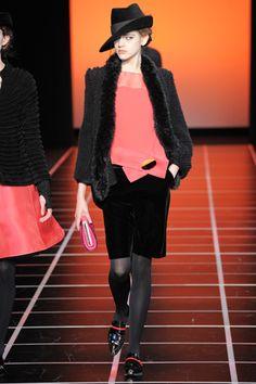 Giorgio Armani Fall 2012 Ready-to-Wear #EasyNip