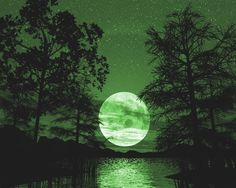 Beautiful Green Moon Photo by canamo201 | Photobucket