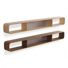 Loop shelf by Isokon Plus. Skandium. www.skandium.com