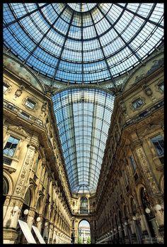 Galleria Vittorio Emanuele II – The Mecca of Shoppaholics