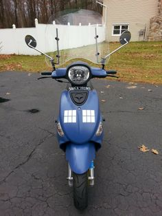 The TARDIS custom Buddy, as featured on ScooterFile