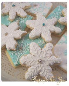 snowflake cookies sugar-cookie-inspiration