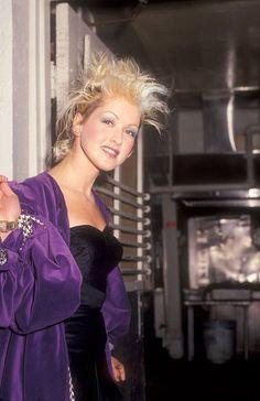 Kaip turėti tokius plaukus kaip Cyndi Lauper? - TOPBEAUTY.LT