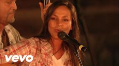 Bill & Gloria Gaither - Speak Love [Live] ft. Joey Martin