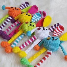 Crochet Rabbit, Crochet Bunny, Crochet Animals, Crochet Keychain Pattern, Crochet Bookmarks, Knitted Dolls, Crochet Dolls, Amigurumi Patterns, Crochet Patterns