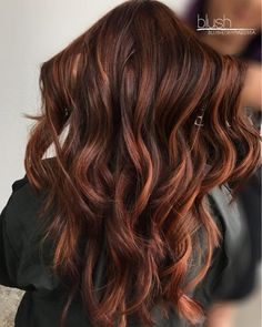 Red Highlights In Brown Hair, Brown Hair Colors, Brown Blonde, Copper Highlights On Brown Hair, Brown To Red Ombre, Blonde Honey, Chunky Highlights, Honey Hair, Red Balayage Hair