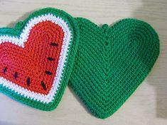 Ravelry: kdemoise's Watermelon Hot Pad...  CROCHET INSPIRATION http://pinterest.com/gigibrazil/crochet-ideas-for-gifts/