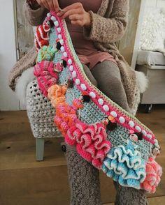 "# likes, # # ❄️❄️ # # Flamenco … "" Hippie Crochet, Freeform Crochet, Crochet Home, Love Crochet, Irish Crochet, Crochet Flowers, Knit Crochet, Loom Knitting, Knitting Patterns"
