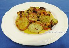 Κολοκυθοπατάτες φουρνιστές – Μοναστηριακή κουζίνα του Ολύμπου Pastry Cake, Sprouts, Potato Salad, Food And Drink, Potatoes, Vegetables, Cooking, Ethnic Recipes, Recipies