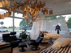Abbinare divano e poltrona: un gioco creativo che, al di là dei gusti personali, implica senso delle proporzioni e capacità di adattare gli spazi alle proprie abitudini. Vieni alla Casa del Materasso Sergio Zanatta a farti consigliare