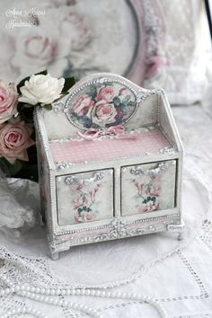 Small shabby chic chest, antique looking doll chest, shabby chic commode, shabby chic bureau, decoupage chest of drawers Shabby Chic Boxes, Shabby Chic Bedrooms, Vintage Shabby Chic, Shabby Chic Furniture, Retro Furniture, Furniture Outlet, Furniture Ideas, Decoupage Furniture, Miniature Furniture