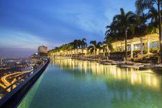 6 of the World's Biggest Pools: Marina Sands Skypark, Singapore