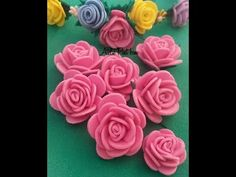Mini Rosinha em e.v.a - YouTube Crepe Paper Flowers, Felt Flowers, Diy Flowers, Fabric Flowers, Twine Crafts, Foam Crafts, Diy And Crafts, Diy Hair Accessories Ribbon, Candy House