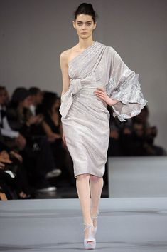 Elie Saab Spring 2009 Couture Fashion Show - Marina Peres