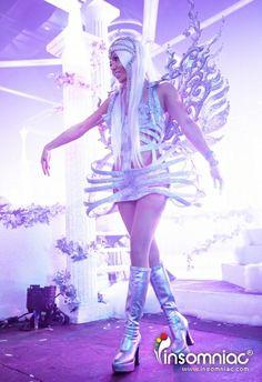 White Wonderland 2013 #whitewonderland #angel #silver #metallics #dancer #insomniac #dance #love #gogo #cosplay
