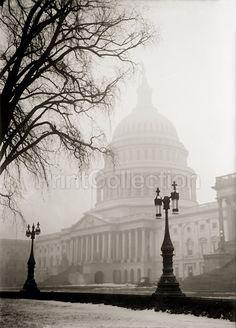 US Capitol Snow Globe
