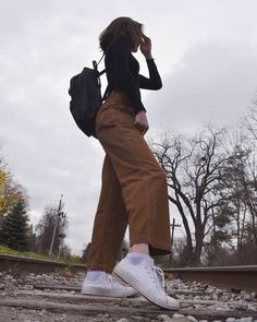 fall aesthetic outfit inspo ✰ paige ✰ Source by outfits aesthetic Vintage Outfits, Retro Outfits, Grunge Outfits, Trendy Outfits, Fashion Outfits, Indie Outfits, 90s Fashion, Fashion Ideas, Fashion Tips