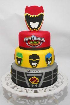 Bolo fake de e.v.a com base de isopor! :) Topo removivel! Bolo Power Rangers, Power Rangers Birthday Cake, Power Ranger Cake, Power Ranger Party, Power Rangers Dino, 3rd Birthday Cakes, 6th Birthday Parties, Boy Birthday, Power Rangers Megaforce