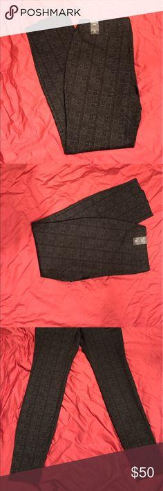 White House Black Market Black With Gray Tights Black tights with gray design White House Black Market Pants Leggings