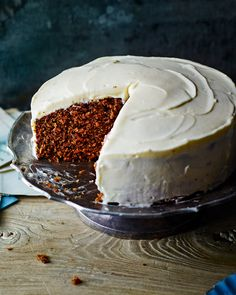 A carrot cake that ticks all the boxes: subtle notes of cinnamon and nutmeg in a moist sponge, sweetened with dark muscovado sugar and slathered in a soft cream cheese icing.