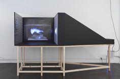"""L'exposition """"Mind Walk III"""" présente le travail et l'univers singulier de Karl Nawrot (alias Walter Warton). Dans sa production, qu'il s'agisse de..."""