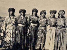 Assyrian (Christian) women from the Hakkari province.  First quarter of 20th century.