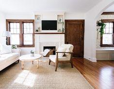 White baseboards, wood trim around doors and wood window trim Stained Wood Trim, Dark Wood Trim, Natural Wood Trim, Wooden Trim, Wooden Doors, Interior Desing, Interior Trim, Interior Doors, Craftsman Interior