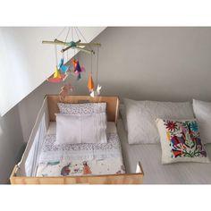 Cuna Colecho by Por Arte de Magi. Por arte de magia. Diseño de interiores para niños. lugares mágicos.  productos decorativos, mobiliario personalizado según las necesidades de la familia. Decoración para niños. Decohunter. Encuentra dónde comprar este diseño y Producto en Colombia