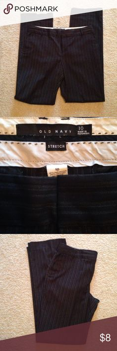 OLD NAVY Sz 10 Black Pinstripe Slacks Like New OLD NAVY Black Pinstripe Slacks. Great for Career or Casual Sz 10. No pockets, flat front. Measures 17in across waist laying flat bad is 41in in length 🌴 Great Buy🌴 Old Navy Pants Trousers