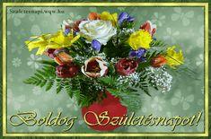 Gyönyörű virágcsokor születésnapra hölgyeknek, vázában.