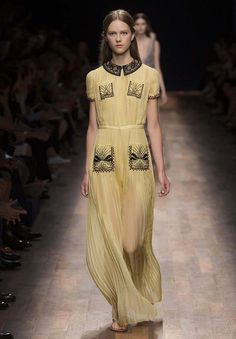 Valentino   Ready To Wear Spring/Summer 2015   Look 63