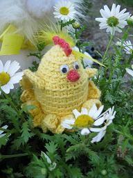 Вязаная цыпа-яйцехранительница-с описанием