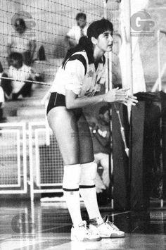 FERNANDA VENTURINI EN SUS INICIOS Volleyball History, Concert, Volleyball, Concerts