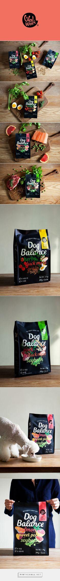 Dog Balance on Behance. - a grouped images picture Dog Balance / pet food by Charry Jeon, Saerom Kang, ContentFormContext, KIWOONG HONG Make Dog Food, Wet Dog Food, Pet Food, Beverage Packaging, Food Packaging, Brand Packaging, Food Branding, Logo Food, Branding Design