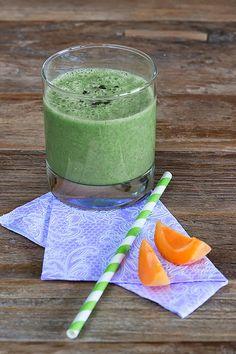 Grüner Bananen-Kokos-Smoothie von Veganpassion