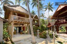 Bamboo house on the beach in Bali Bamboo Architecture, Tropical Architecture, Tropical Beach Houses, Bamboo House Design, Hut House, Casa Loft, Beach Cottage Style, Beach Bungalows, Beach Shack