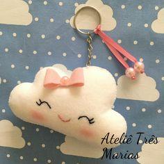 Lembrancinha chaveiro nuvem em feltro, festa nuvem