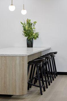 Workspace Design, House Front, Kitchen Design, Table, Furniture, Home Decor, Cuisine Design, Decoration Home, Room Decor