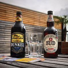 Pessoal agora vai o Kit Ceres desse mês de Junho da @clubeer  O Kit é composto por:   Dunkel da @edelbrau  American Lager da @sud_birrificio  Tumbler exclusivo da @clubeer ___ Mais umas belezuras na geladeira da Laje aguardando o momento certo para serem degustadas! Conhecem essas? Cheers meus queridos!  #lajehomepub #confraria27 #clubeer #beerbox #beerpack #beerporn #beergasm #craftbeerporn #craftbeer #homebrew #assinocerveja #cervejadeverdade #cervejaartesanal #cervezaartesanal #cerveza…