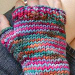 lots of fingerless glove patterns for knitters here.