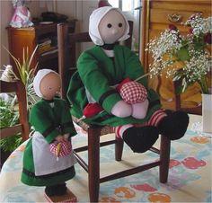 Vous trouverez ici des modèles de poupées à réaliser avec du tissu. J'ajouterai d'autres modèles au fil de mes découvertes… N'hésitez pas à me laisser un commentaire si vous avez un modèle à ajoute...