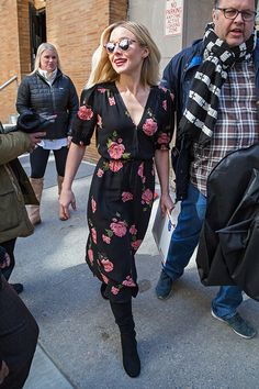 NEW YORK, NY - MARCH 23: Kristen Bell is seen in Midtown on March 23, 2017 in New York, New York. (Photo by Alessio Botticelli/GC Images)