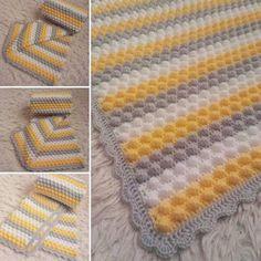 Pompon Baby Blanket Making – Knitting And We Crochet Letters Pattern, Crochet Border Patterns, Crochet Bedspread Pattern, Baby Knitting Patterns, Baby Girl Crochet Blanket, Knitted Baby Blankets, Crochet Baby, Bobble Stitch, Manta Crochet