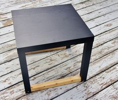 Karianne is back sharing a budget friendly way to create a cool side table.  This is such an easy project but makes a huge statement in the room. And you can change the color if you want to with a can of spray paint. Brilliance, I tell you. But do we expect any less from Karianne? {...Read More...}