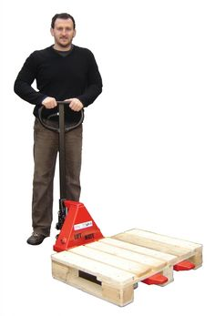 small pallet truck - small diesel truck Check more at http://besthostingg.com/small-pallet-truck-small-diesel-truck/