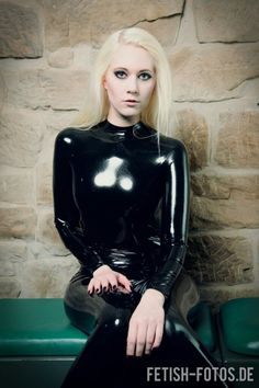 Satin, Latex and other Shiny things : Photo