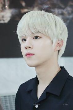 He a cute blonde too. Wooshin. Up10tion. Honestly the only member i can recognize as of now